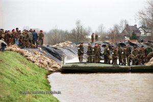 Hoog water Tiel Ochten 1995